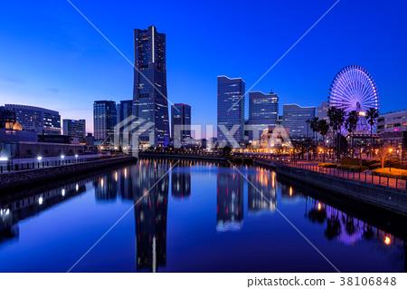 從橫濱·環球橋的Minato Mirai夜景 38106848