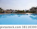 피라미드가 보이는 호텔의 수영장 38116300