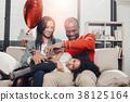 family, balloon, child 38125164