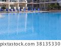 度假村泳池 38135330