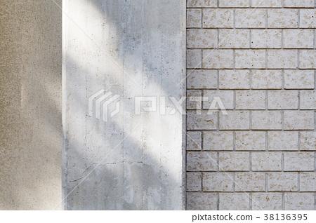 콘크리트와 타일의 벽 38136395