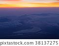 在从富士山的顶端看见的黎明湖 38137275