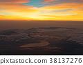 在从富士山的顶端看见的黎明湖 38137276