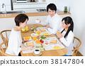 父母和小孩 親子 進餐 38147804