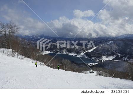 從鹿島Sak市滑雪場10號看到的青木湖 38152352