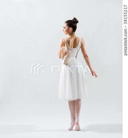 Ballerina (on grey version) 38155217