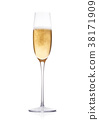 Elegant glass of yellow champagne with bubbles 38171909