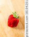 strawberries, strawberry, fruit 38194201