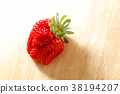 strawberries, strawberry, fruit 38194207