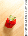 strawberries, strawberry, fruit 38194208