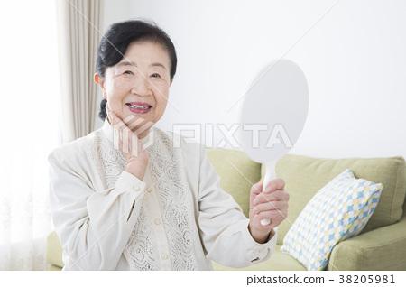 70年代女人用手鏡 38205981