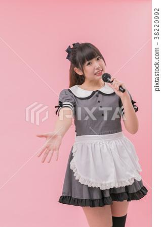 乾淨的系統女僕cosplay唱歌 38220992