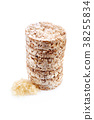 Round wheat crispbread, white background 38255834