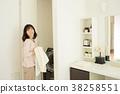미들 여성 라이프 스타일 화장실 이미지 38258551