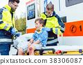 medic, emergency, boy 38306087