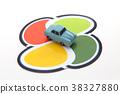 老人標記和汽車 38327880