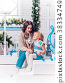 christmas, mother, family 38334749
