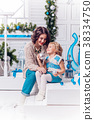 christmas, mother, family 38334750