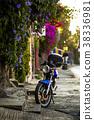 Old motorcycle on the street of Cuernavaca 38336981