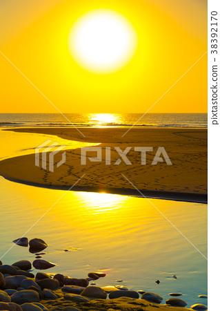 海邊日落海邊日落海邊日落永安漁港台灣海邊海邊海邊的太陽 38392170