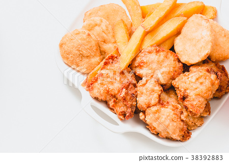 炸雞,薯條,雞塊,Fried chicken, fried food,French fries 38392883