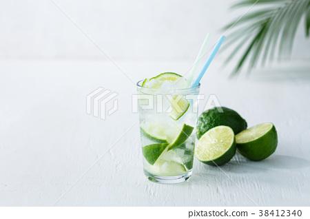 莱姆 酸橙 酒 38412340