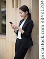 여자, 전화기, 실외 38431204
