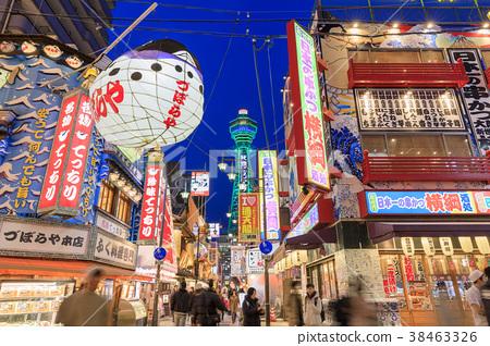 大阪,夜晚的新世界 38463326