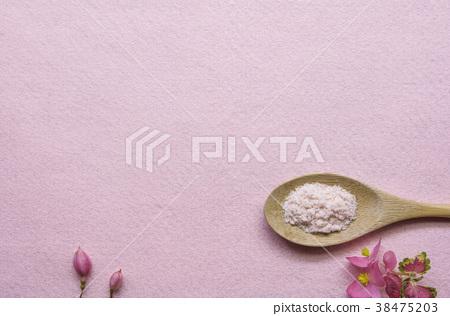 一匙粉紅色玫瑰鹽 38475203