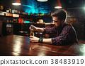 酒吧 男性 男 38483919