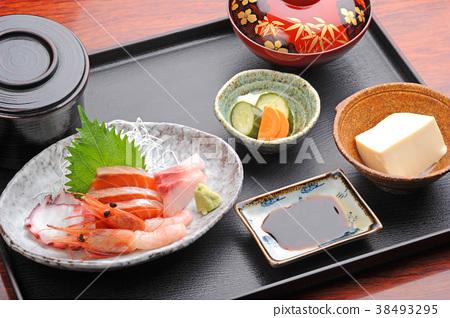 生魚片套餐 38493295