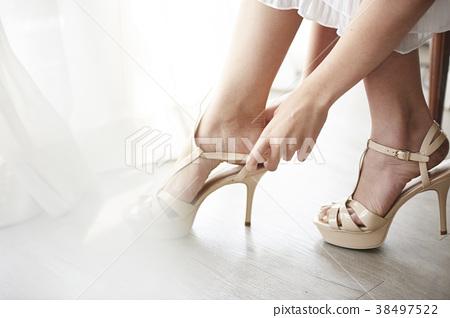 女裝打扮 38497522