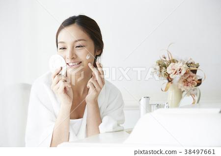 女性美的形象 38497661