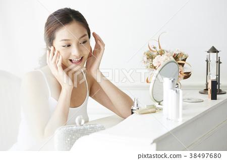 女性美的形象 38497680