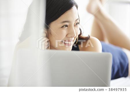 女人放松 38497935