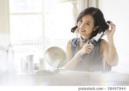 女性美的形象 38497944