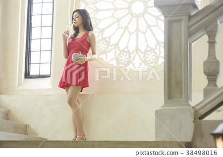 女裝打扮 38498016