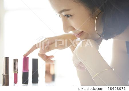 女性化妝美容 38498071