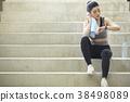 女式运动服 38498089