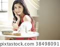 亚洲女人皮肤护理 38498091