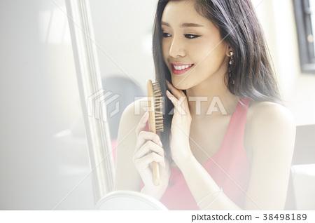 女性美的形象 38498189