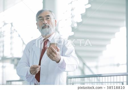 醫生 牙齒矯正醫師 博士 38518810