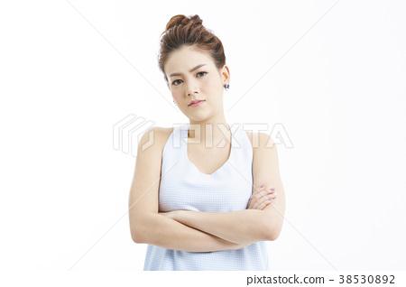 人物 成熟的女人 一個年輕成年女性 38530892