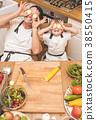 child, vegetables, preparing 38550415