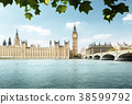 Big Ben and Houses of Parliament, London, UK 38599792