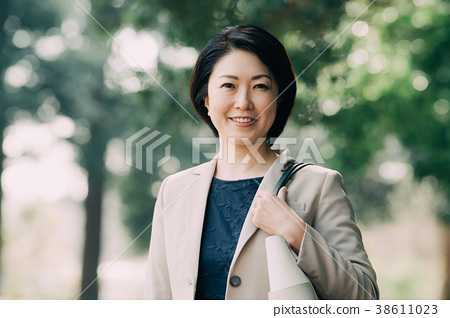 Smiling business woman 40s female Japanese 38611023