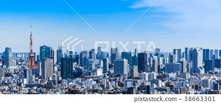 도쿄 타워와 항구 주변의 고층 빌딩 38663301