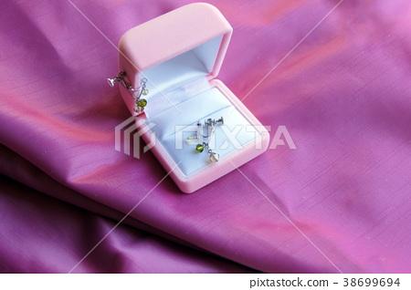 Swarovski earrings 38699694