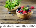 Mix of summer berries and mint 38727065