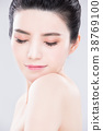 woman beauty skin care concept 38769100